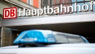 Bundespolizisten haben am Münchner Hauptbahnhof einen Mann mit 4,59 Promille aufgegriffen. (Archivbild)