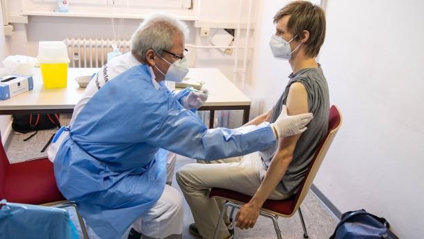 RKI meldet 970 Neuinfektionen – Inzidenz steigt auf 5,2