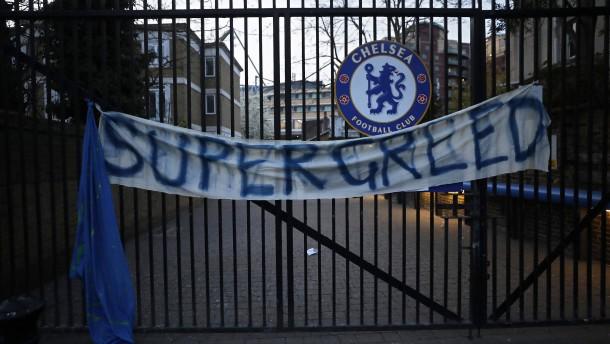 Englische Teams ziehen sich zurück