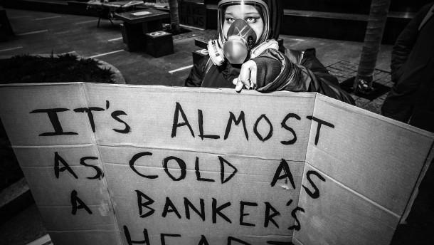 Der Neoliberalismus, Volksfeind Nummer Eins