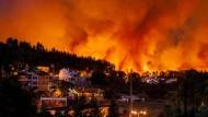 Waldbrände bedrohen zahlreiche Siedlungen