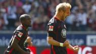 Fachmann für Frankfurter Glücksmomente: Stefan Aigner genießt das Hochgefühl nach seinem Tor, das den Sieg gegen Dortmund bringt.
