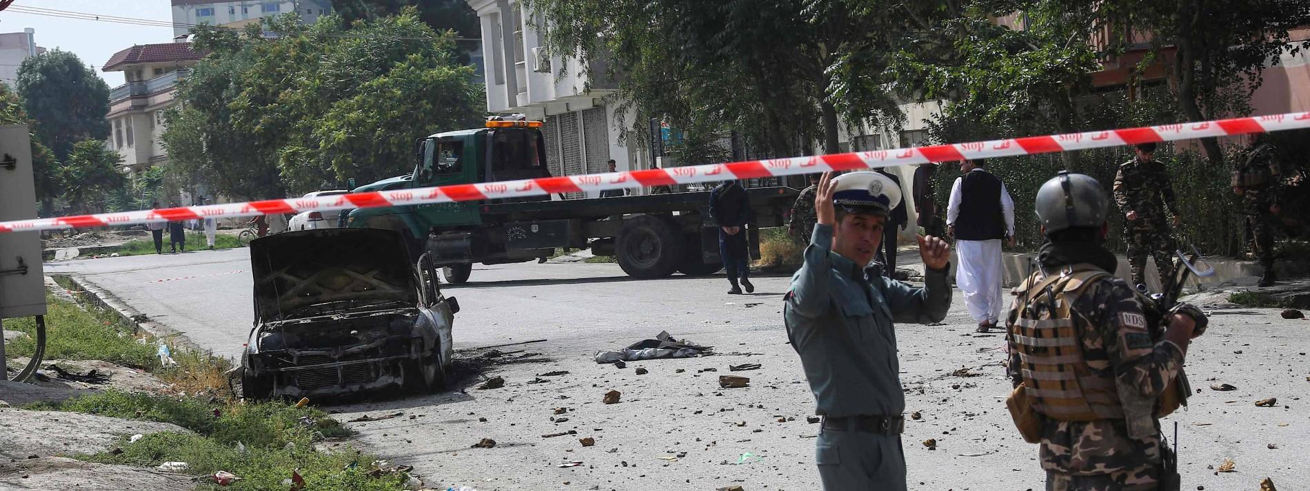 Raketen schlagen nahe dem Präsidentenpalast ein