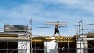 Bauarbeiter bekommen mehr Geld