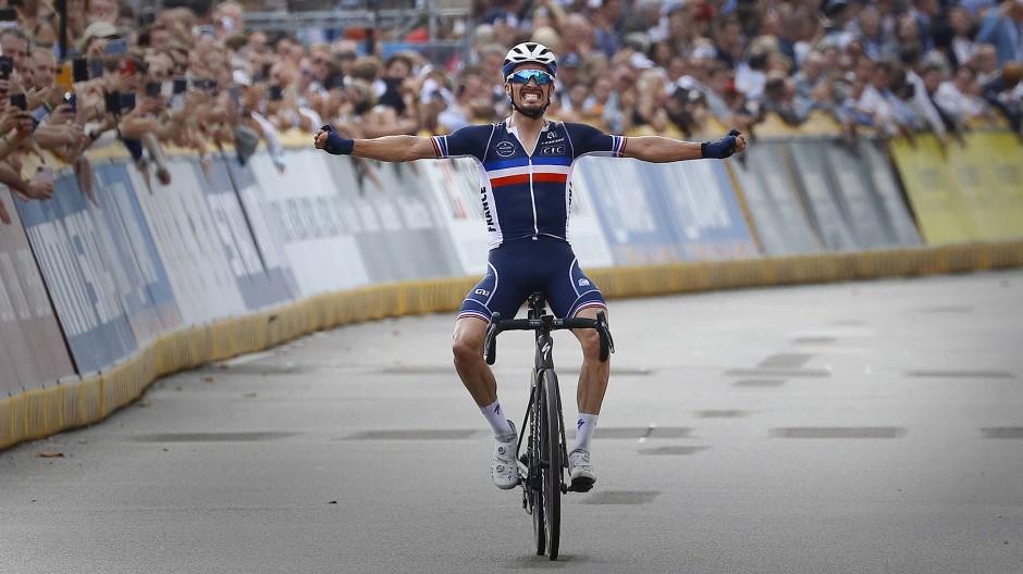 Julian Alaphilippe nach seinem Sieg in Belgien