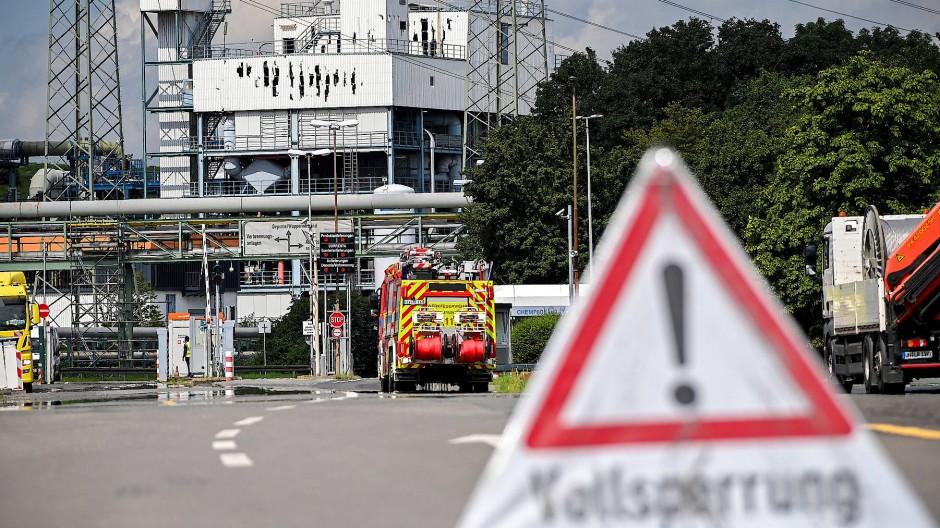 Spurensuche: Nach dem Brand in der Müllverbrennung des Chemieparks Leverkusen