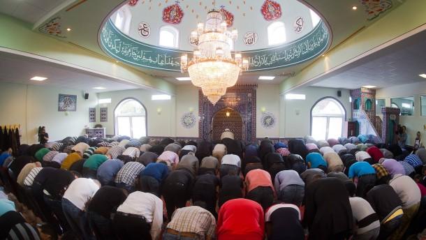 """""""Ramadan ist vergleichbar mit der Weihnachtszeit"""""""
