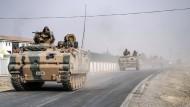 Razzia gegen Ausländer mit IS-Verbindungen