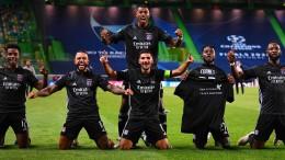 Lyon schlägt Manchester City und trifft auf die Bayern