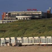 Blick auf den Strand von Wijk aan Zee in den Niederlanden