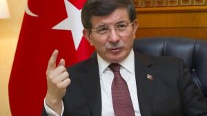 Türkischer Regierungschef vergleicht Pegida mit IS