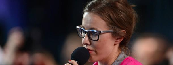 Hat sich der Opposition angeschlossen: Fernsehmoderatorin Ksenja Sobtschak stellt Putin unangenehme Fragen