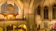 Nur ein Teil der Register: Die Walcker-Orgel in der Bad Nauheimer Dankeskirche verfügt noch über ein Fernregister mit 300 weiteren Pfeifen unter der Decke.