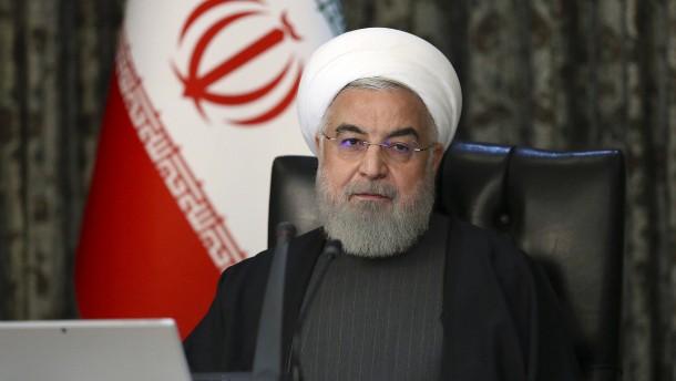 Irans Präsident Rohani beschuldigt Amerika und Israel