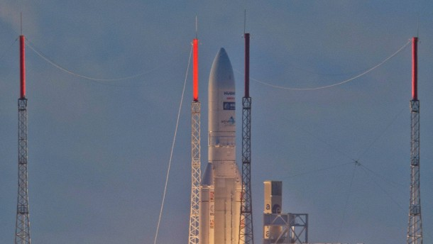 Ariane five launches satellites