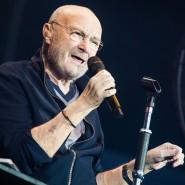 Phil Collins singt bei einem Auftritt in Stuttgart im Juni 2019.