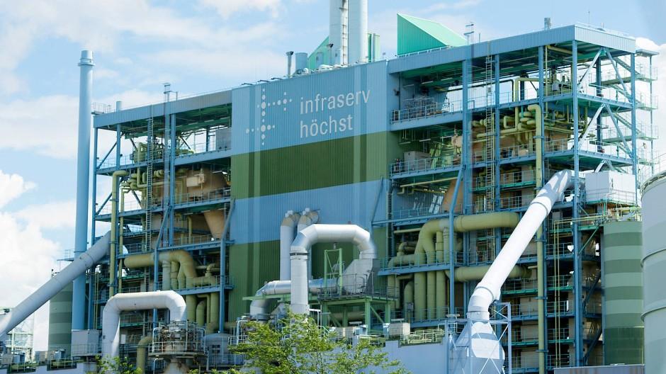 Einer der größten Industrieparks in Deutschland: Auf dem Gelände des Industrieparks Höchst arbeiten rund 22.000 Hessen in mehr als 90 Unternehmen.