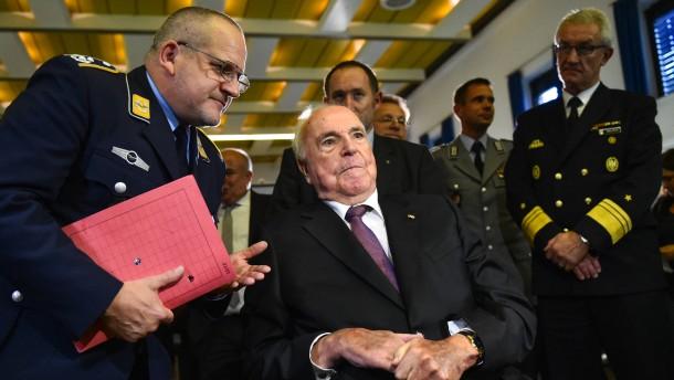 Helmut Kohl will offenbar Buch seines Biografen verhindern