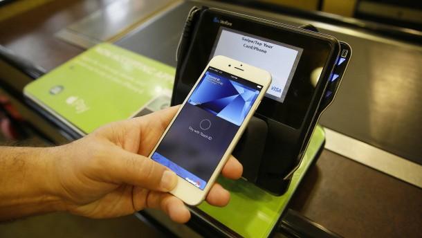 Bargeldloses Bezahlen: Apple Pay startet in Deutschland