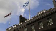 Britische Polit-Prominenz kämpft um die Schotten