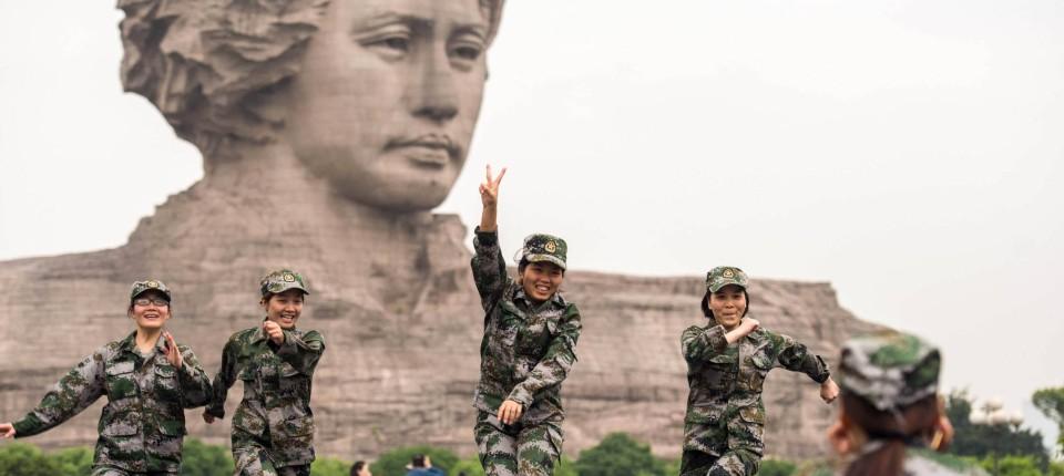 Peking bricht das Schweigen über die Kulturrevolution