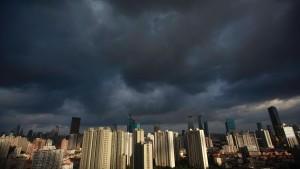 """Taifun """"Damrey"""" sucht China heim"""
