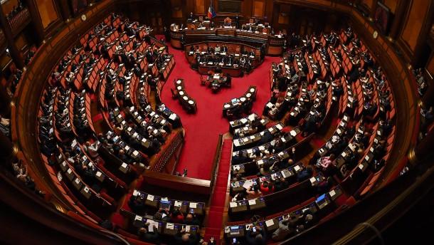 Ein Parlament verkleinert sich