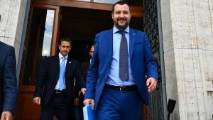 Salvini: Italien hilft nur Italienern