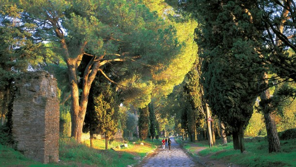 Die geschichte der via appia antica for Cioccari arredamenti via appia