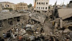 Abermals Luftangriffe auf Sanaa