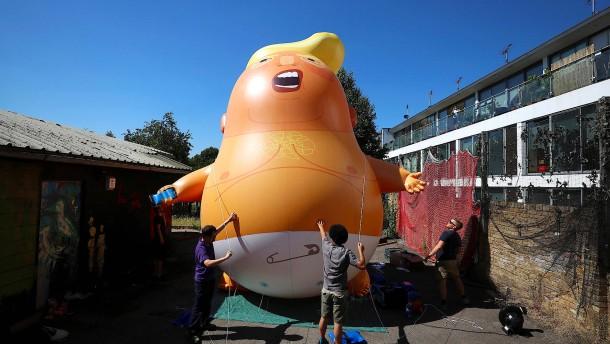 Riesiges aufblasbares Trump-Baby darf über London schweben