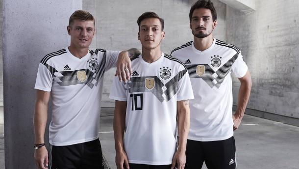 Im Retro-Look geht's zur WM