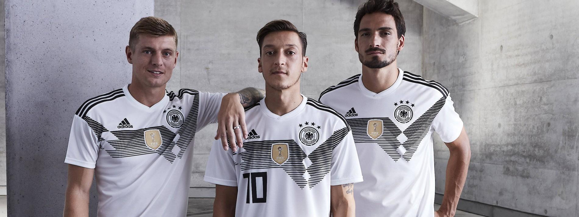 DFB präsentiert sein neues Trikot für die WM 2018 in Russland