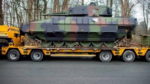 Erstmals Rüstungsexporte für mehr als acht Milliarden Euro genehmigt