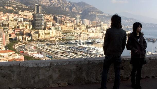Monte Carlo mit  Mittelmeer Yachthafen  in Monaco.
