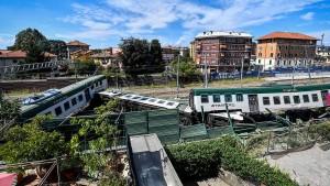 Führerloser Zug fährt zehn Kilometer – und entgleist