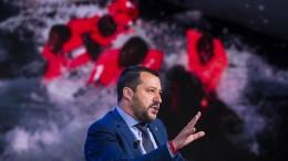 "Salvini nennt Migranten ""Menschenfracht"""