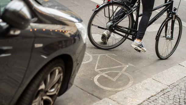 Hohe Bußgelder für Falschparker geplant