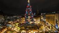 Riesen-Christbaum aus 1700 Rotfichten