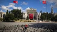 Das Ausreiseverbot betrifft auch viele Mitarbeiter der Universität in Istanbul.