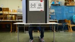 Wahllokale im ganzen Land geöffnet
