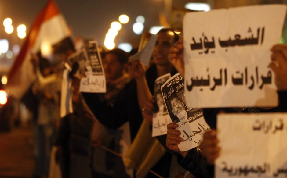 Unterstützen oder protestieren? Diese Demonstranten halten zu Präsident Mursi
