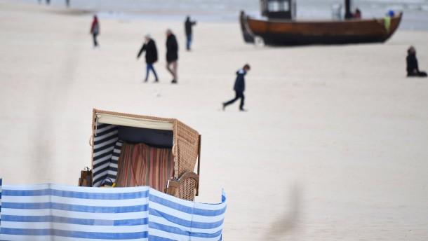 Mecklenburgische Seenplatte und Usedom für Besucher gesperrt