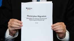 "Das steht in Seehofers ""Masterplan Migration"""