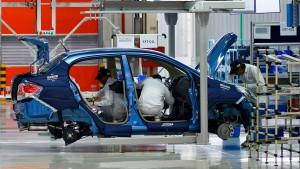 Indien kauft mehr Autos