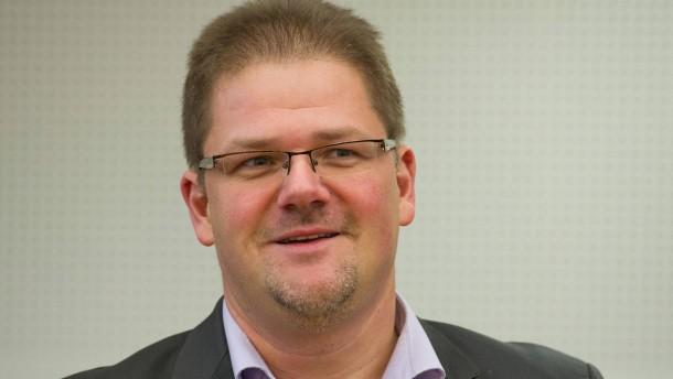NPD-Chef Holger Apfel tritt zurück
