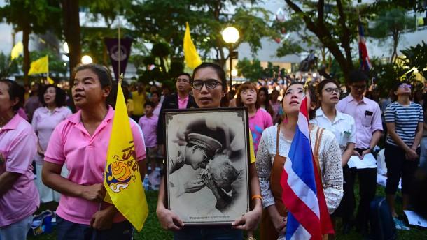 Thailands König Bhumibol ist tot