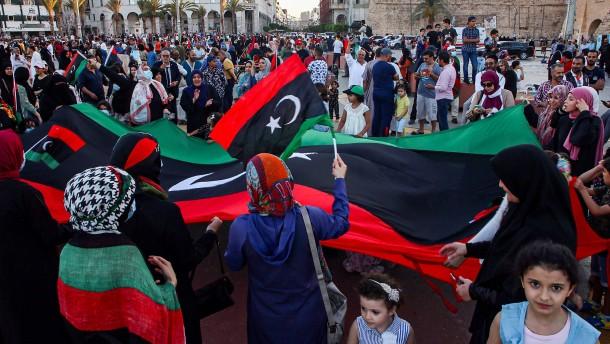 Tripolis lehnt Waffenstillstand mit libyschem General ab