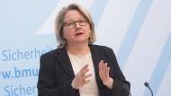 Sie schlägt eine CO2-Steuer vor: Umweltministerin Svenja Schulze