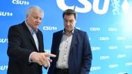 Parteifeinde: Innenminister Seehofer und Ministerpräsident Söder